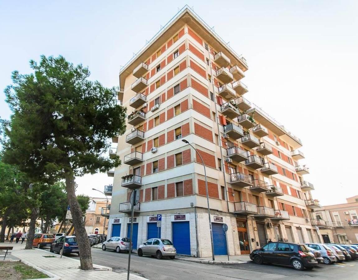 Appartamento in vendita a Foggia Via Enrico Pestalozzi, 30 – 4 vani + acc.